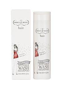 Percy & Reed - PERFECTLY PERFECTING  WASH SHAMPOO 250ML - Shampoo - - - 1