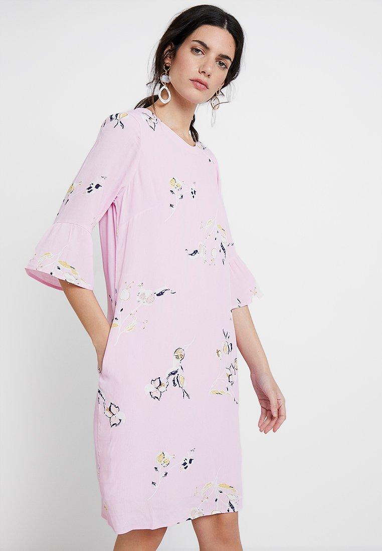 PEP - MATHEA DRESS - Day dress - rose