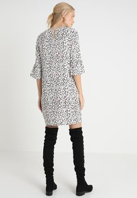 PEP - DRESS TIA - Freizeitkleid - multi-coloured - 2