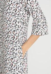 PEP - DRESS TIA - Freizeitkleid - multi-coloured - 7