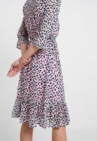 PEP - MEO DRESS - Day dress - rose - 6