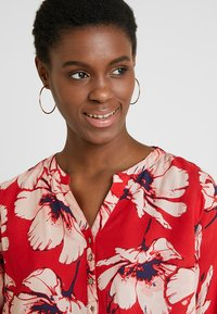 PEP - MADDY FLOWER - Blouse - pop red - 3
