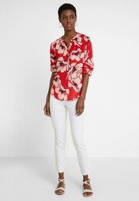 PEP - MADDY FLOWER - Blouse - pop red - 1