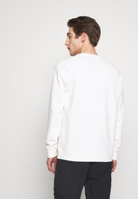 Peak Performance Urban - URBAN CREW - Sweatshirt - white - 2