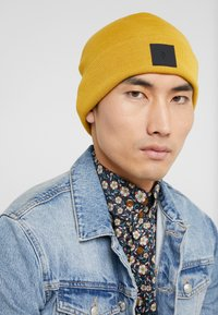Peak Performance Urban - PERFECT - Gorro - smudge yellow - 1