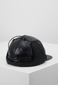 Peak Performance Urban - VERNIS CAP - Čepice - black - 2