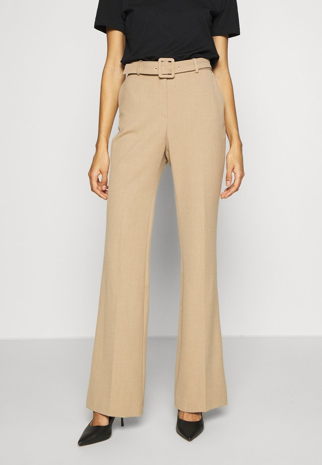 STRAIGHT LEG TROUSER WITH BELT - Tygbyxor - beige