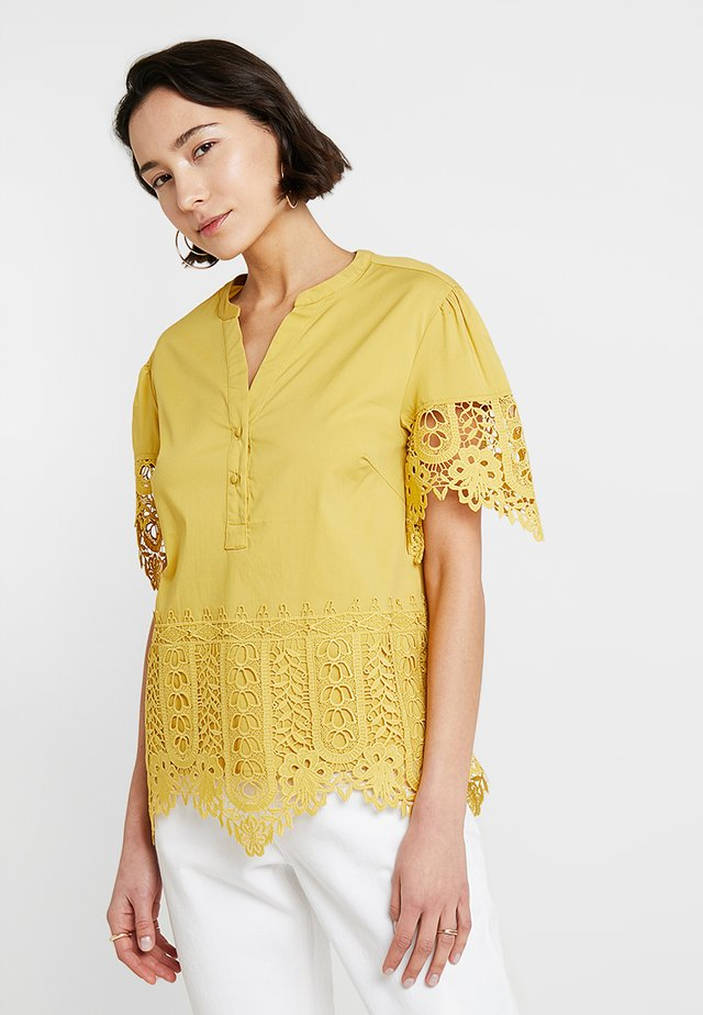 BLOUSE - Blůza - yellows