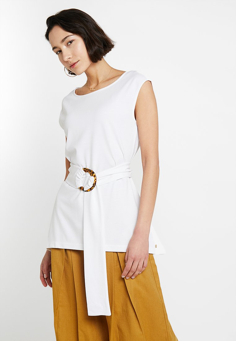 Pedro del Hierro - SLEEVELESS WITH BELT - T-Shirt print - offwhite