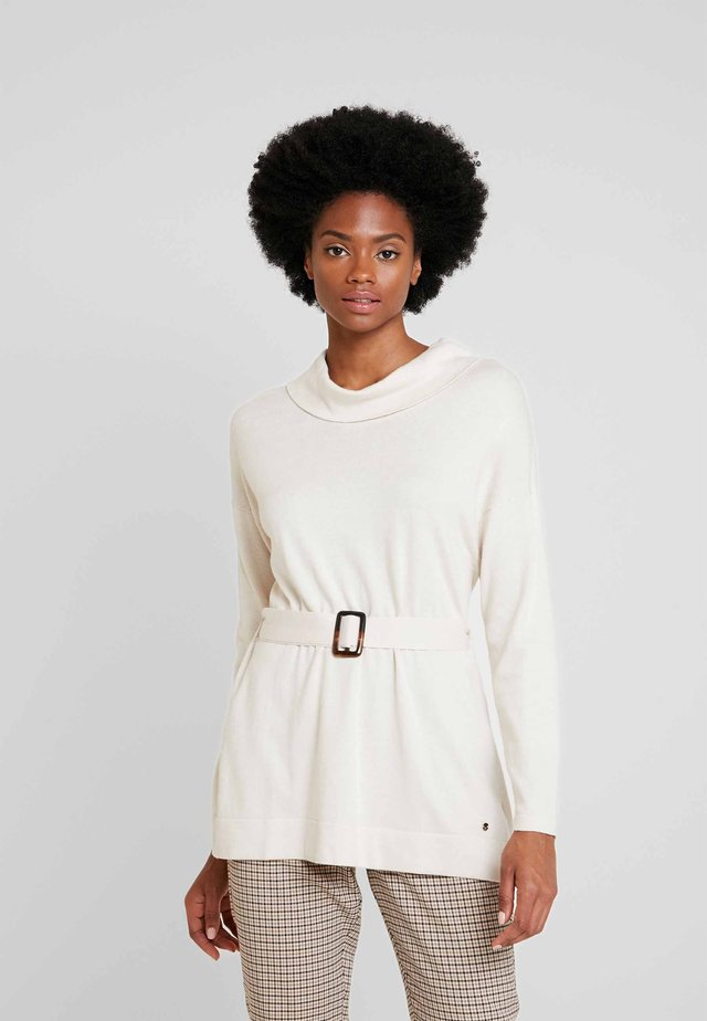 TUNIC WITH BELT - Svetr - beige/camel