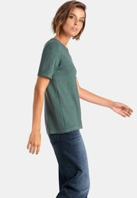 PETER HAHN - T-shirt basic - green melange - 3