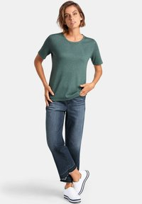 PETER HAHN - T-shirt basic - green melange - 1