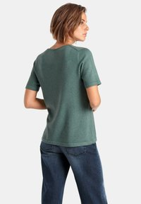 PETER HAHN - T-shirt basic - green melange - 2