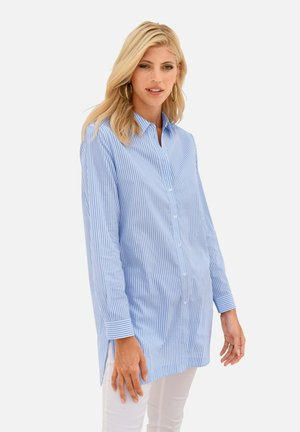 LANGARMBLUSE LONG-BLUSE - Button-down blouse - hellblau/weiß