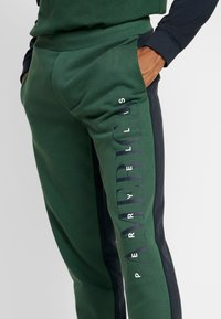 Perry Ellis America - Pantalon de survêtement - pineneedle - 4