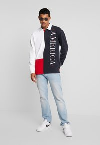Perry Ellis America - COLOR BLOCK RUGBY - Polo - bright white - 1
