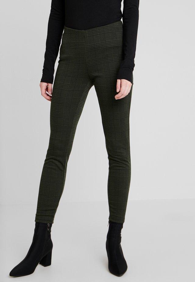 LINETTE - Leggings - Trousers - green