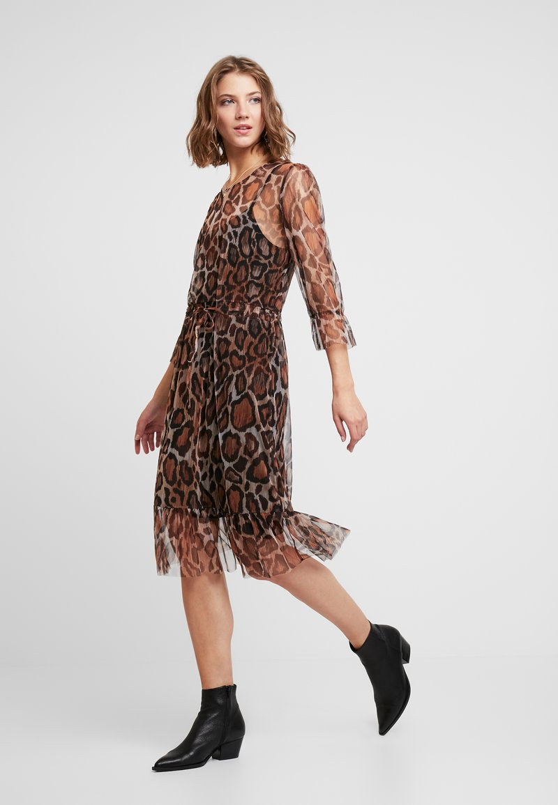 PEPPERCORN - ANIMAL DRESS - Day dress - brown