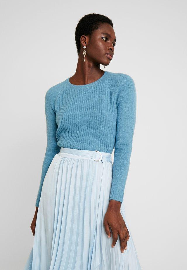EMY - Stickad tröja - niagara