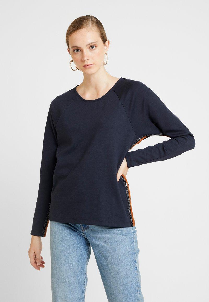 PEPPERCORN - MILANO - Sweatshirt - dress blue