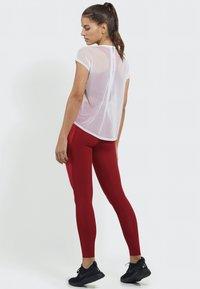 PERFF STUDIO - Print T-shirt - white - 2