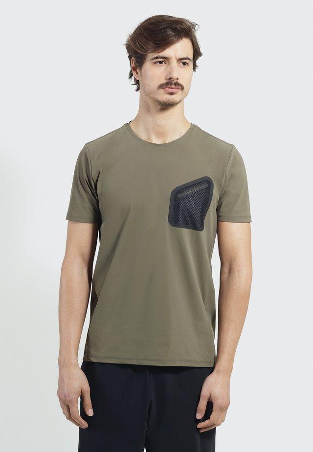 Time Off - Print T-shirt - khaki