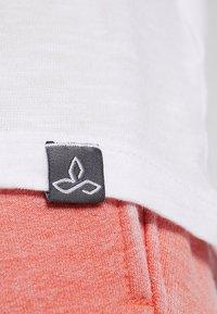 PrAna - CHEZ  - Print T-shirt - white - 5