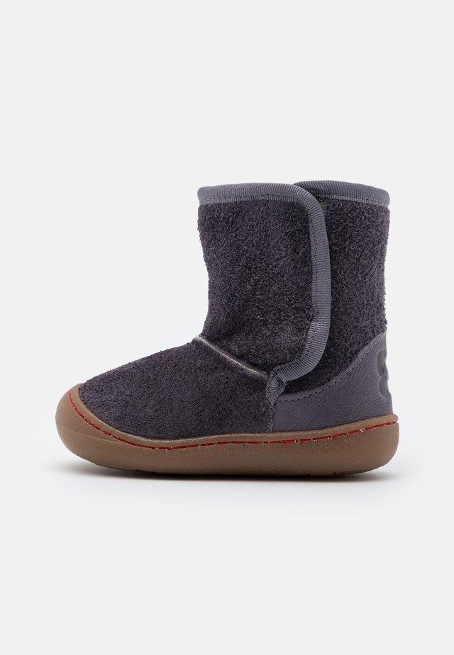 TOLEDO UNISEX - Baby shoes - grau