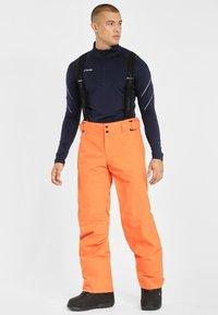 Phenix - ARROW - Pantalón de nieve - vivid orange - 3