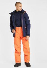 Phenix - ARROW - Pantalón de nieve - vivid orange - 1