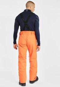 Phenix - ARROW - Pantalón de nieve - vivid orange - 2
