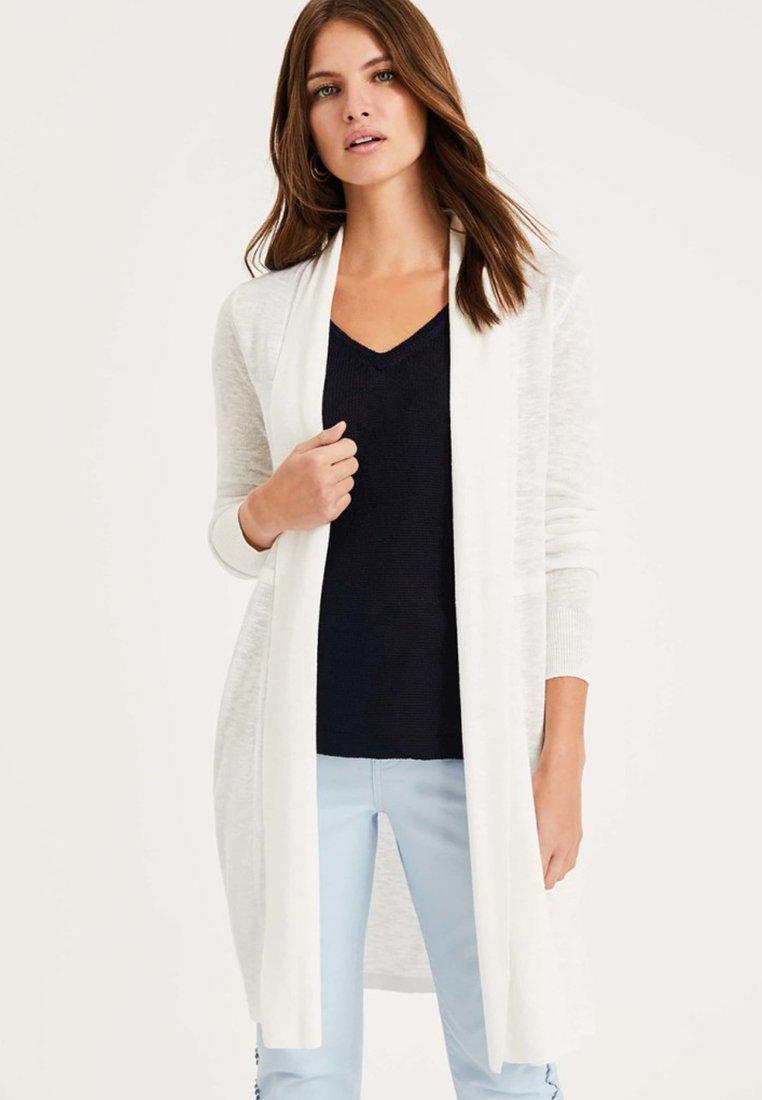 Phase Eight - Cardigan - white