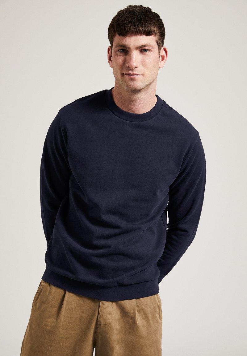 Phyne - Sweatshirt - navy