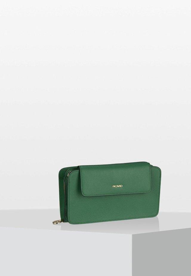 MIRANDA - Wallet - verde