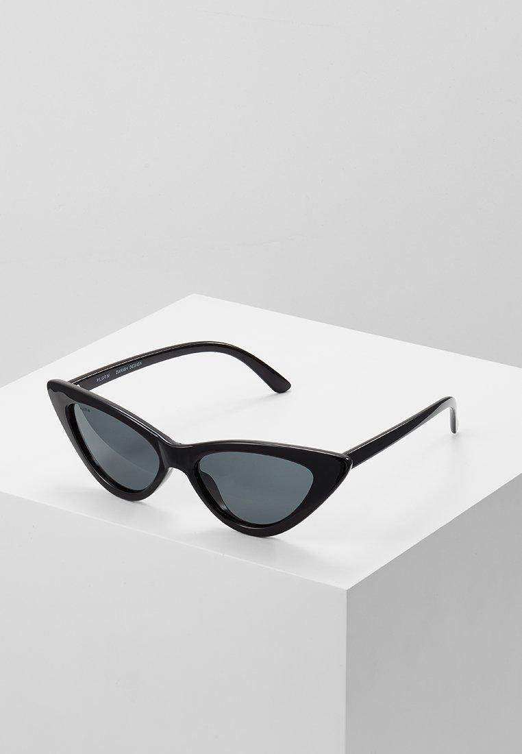 Pilgrim - SUNGLASSES JOSELINE - Sluneční brýle - black