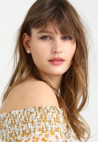 Pilgrim - EARRINGS WYNONNA - Earrings - gold-coloured - 1