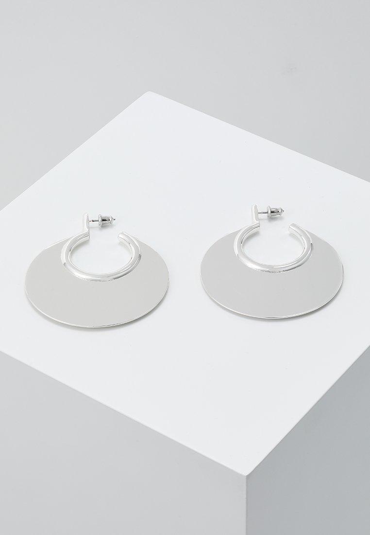 Pilgrim - EARRINGS AYA - Earrings - silver-coloured
