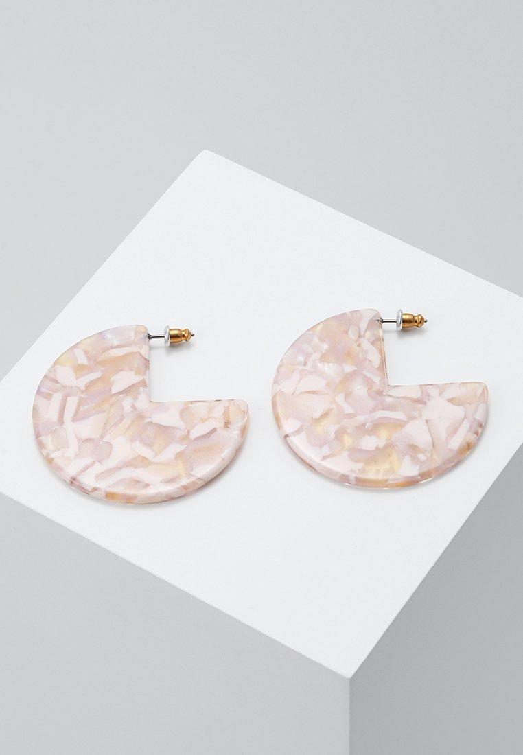 Pilgrim - EARRINGS MIKA - Earrings - gold-coloured