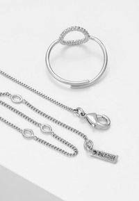 Pilgrim - JEWELRY SET - Náhrdelník - silver-coloured - 2
