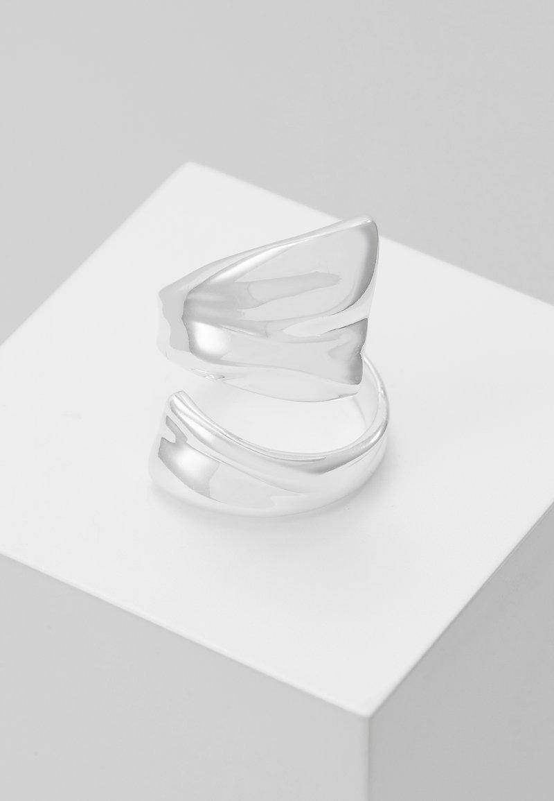 Pilgrim - WATER - Sormus - silver-coloured