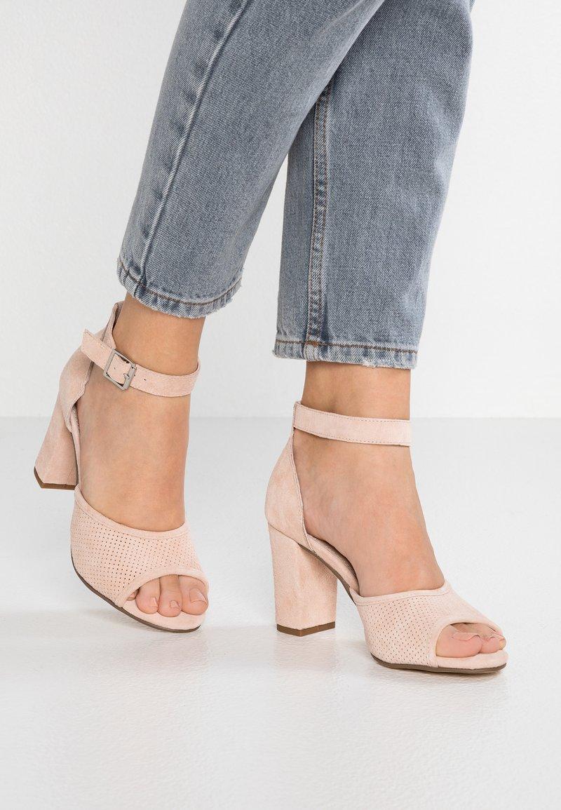 Pier One - High Heel Sandalette - rose