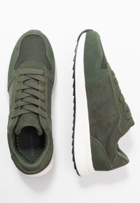 Pier One - Zapatillas - khaki - 3