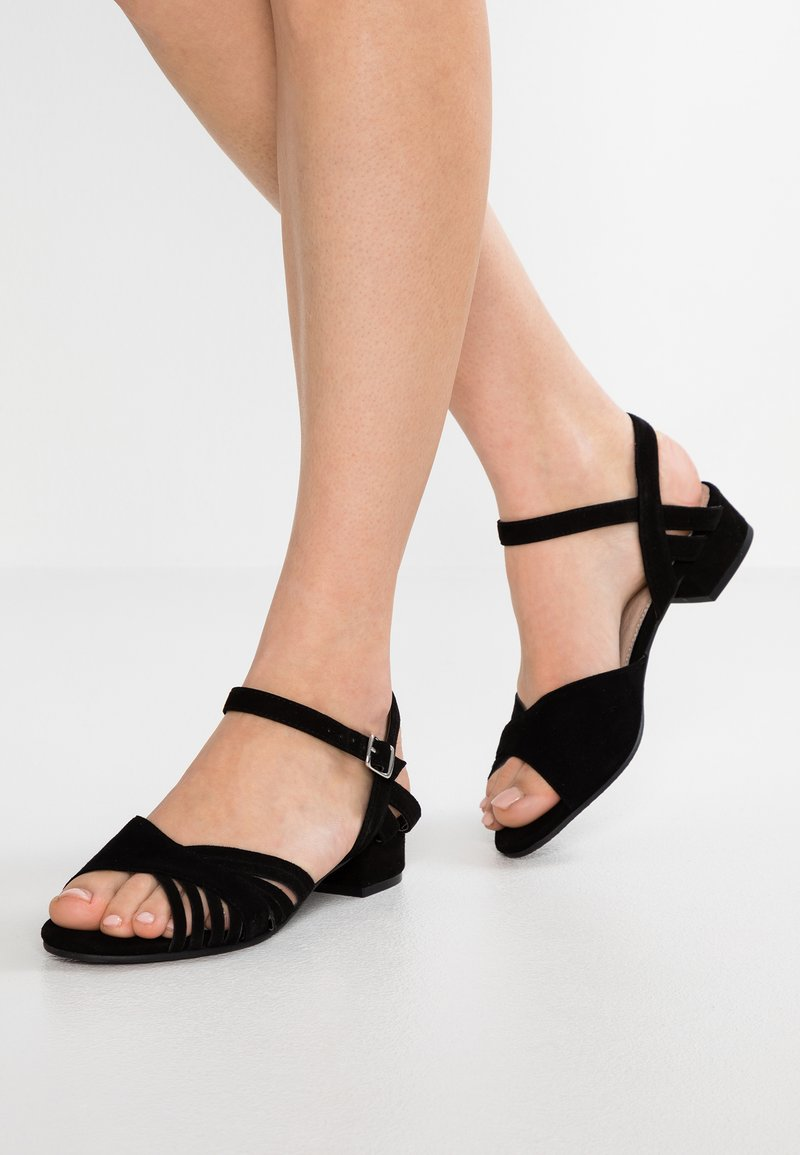 Pier One - Sandalias - black