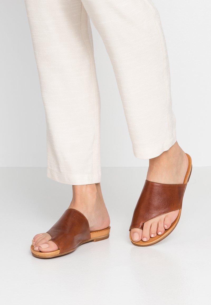Pier One - T-bar sandals - cognac