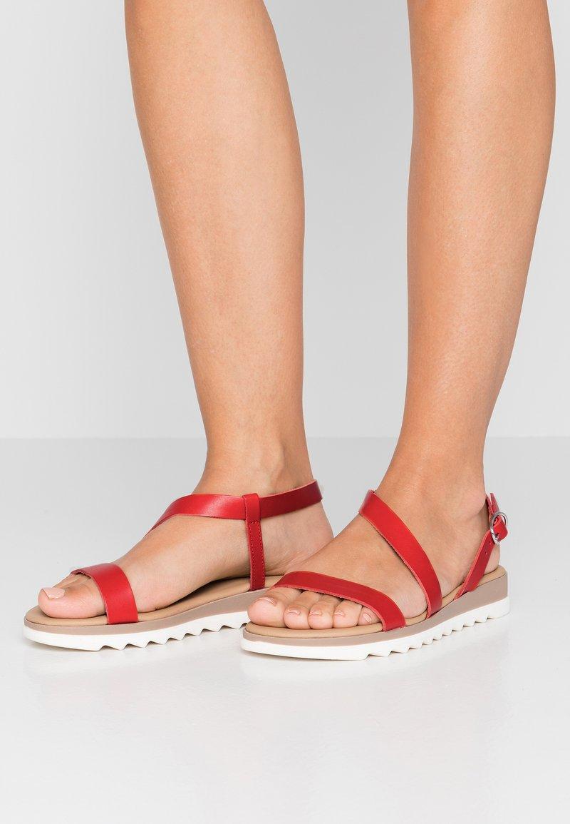 Pier One - Sandaler - red
