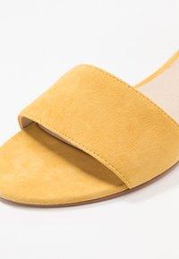 Pier One - Sandaler - yellow - 2