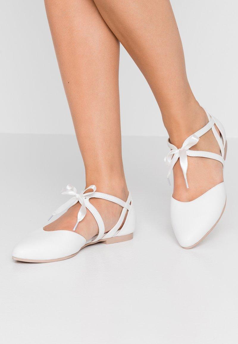 Pier One - Riemchenballerina - white