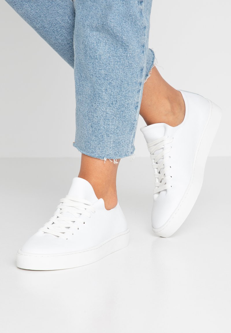 Pier One - Sneakers - white