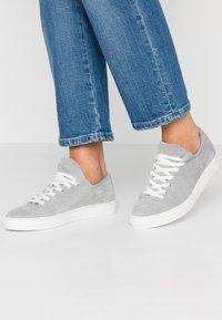 Pier One - Sneakersy niskie - grey - 0