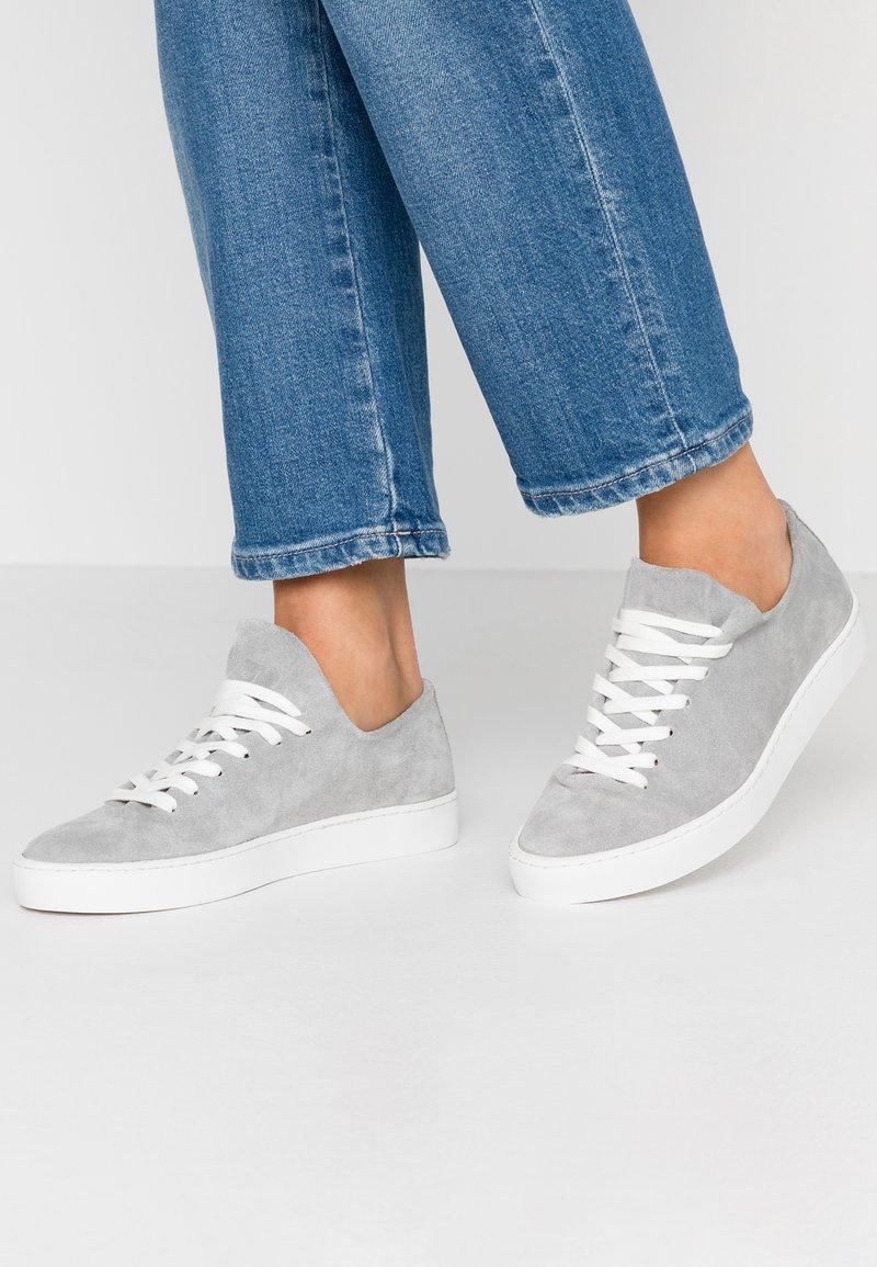Pier One - Sneakersy niskie - grey